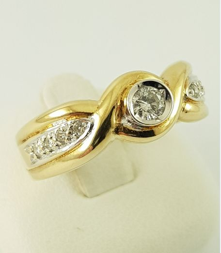 14 quilates Oro amarillo - Anillo de diamantes, oro 585, 9 diamantes, 0,14 ct. - 0.14 ct Diamante