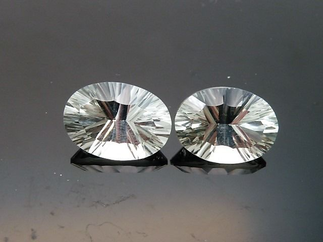 2 pcs  Prasiolite - 10.28 ct