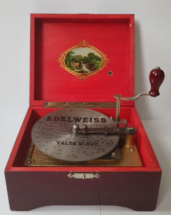 Disc musical box, with 10 plates - Brass, Steel, Wood - CA 1900