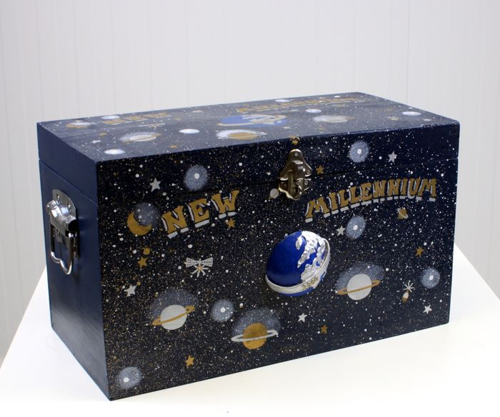 New Millenium Box - Hout