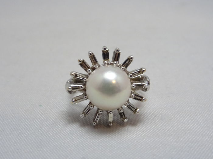 18 kt. Akoya pearl, White gold, 8.5 mm - Ring Mixed - Diamond