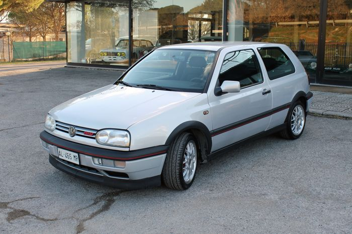 Volkswagen - Golf 2.0 GTI 16v 20 Years Edition - 1996