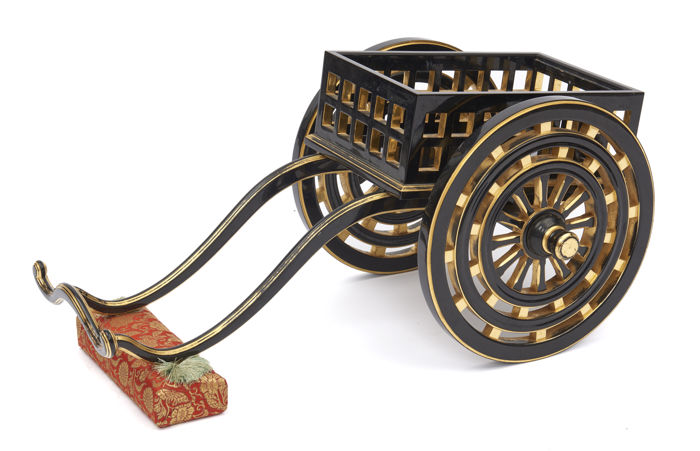 Model of a carriage/ikebana stand - Lacquer, Wood -  Heian - Japan - Taishō period (1912-1926)