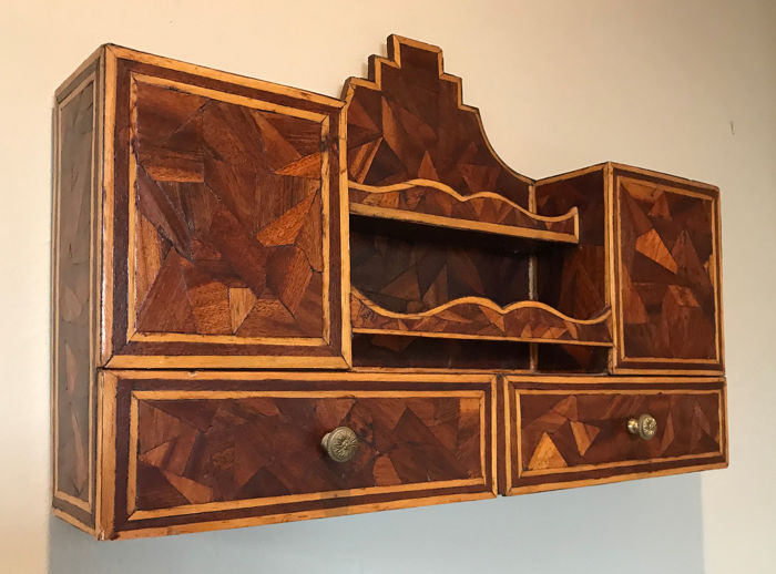French Parquetry Wall Stationary Drawers - Hout