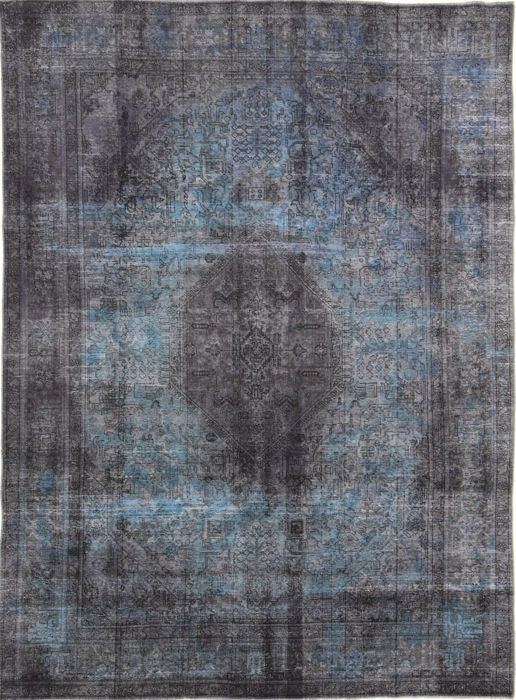Vintage Royal - Carpet - 332 cm - 240 cm