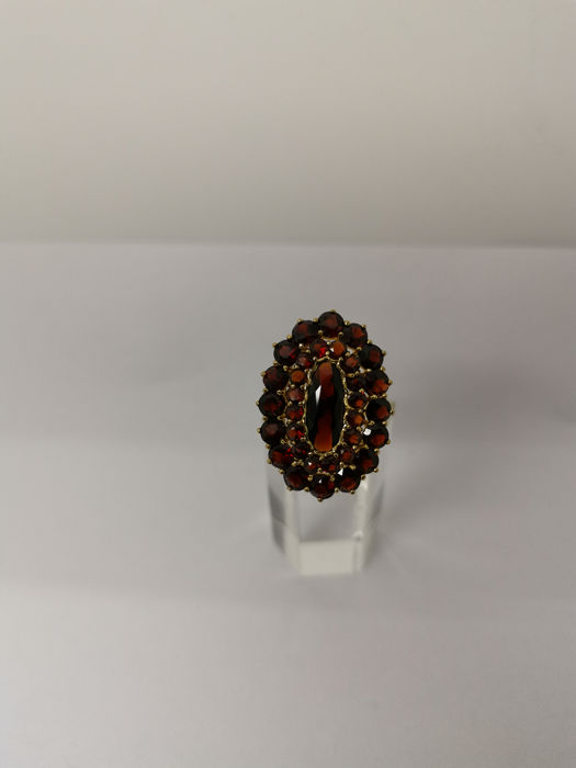 8 kt. Gold, Yellow gold - Ring - 1.00 ct Garnet - Garnet