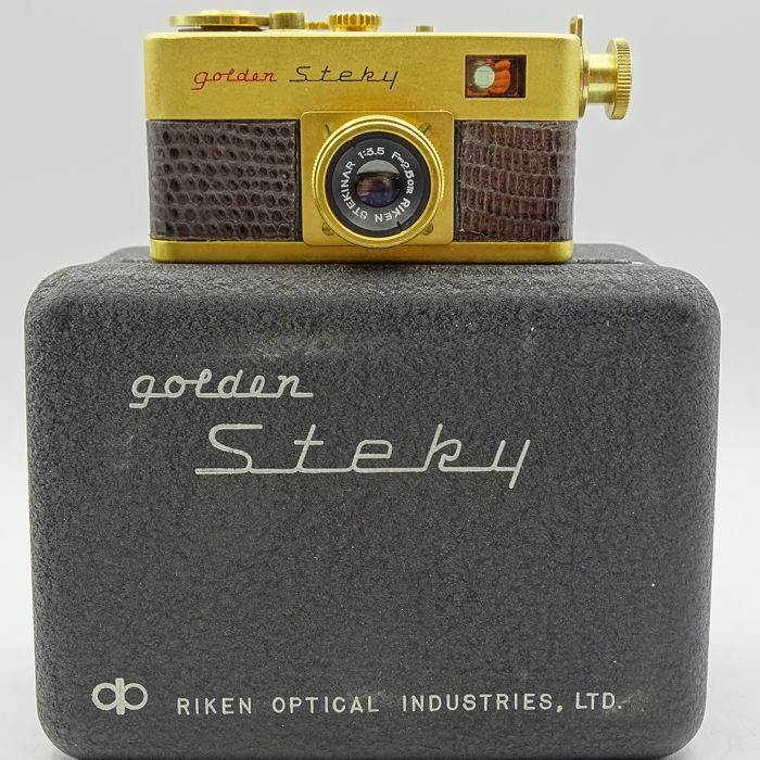 Ricoh Golden steky DUMMY
