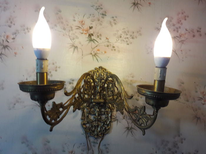 Brass wall lamp with double movable arm. - Art Deco - Brass
