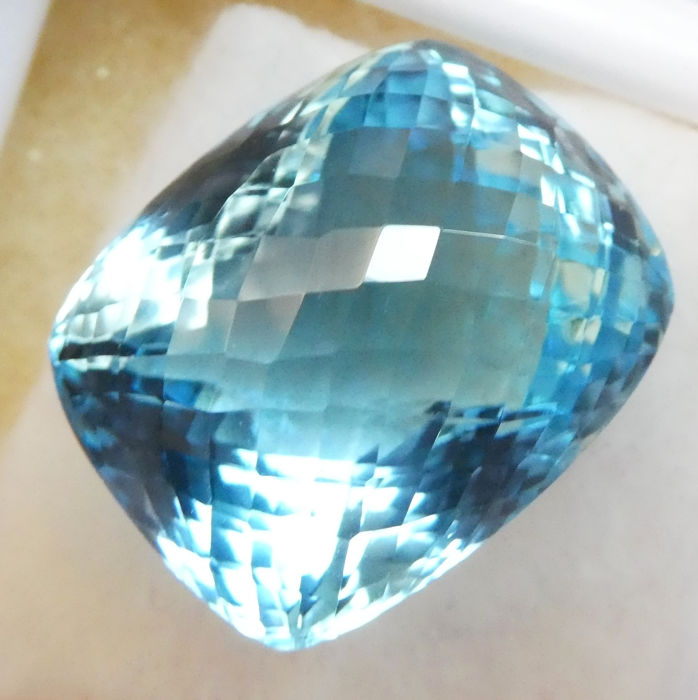 Blue Topaz - No Reserve Price - 47.71 ct