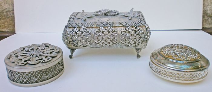 caskets - Silver plated - Italy - Second half 20th century