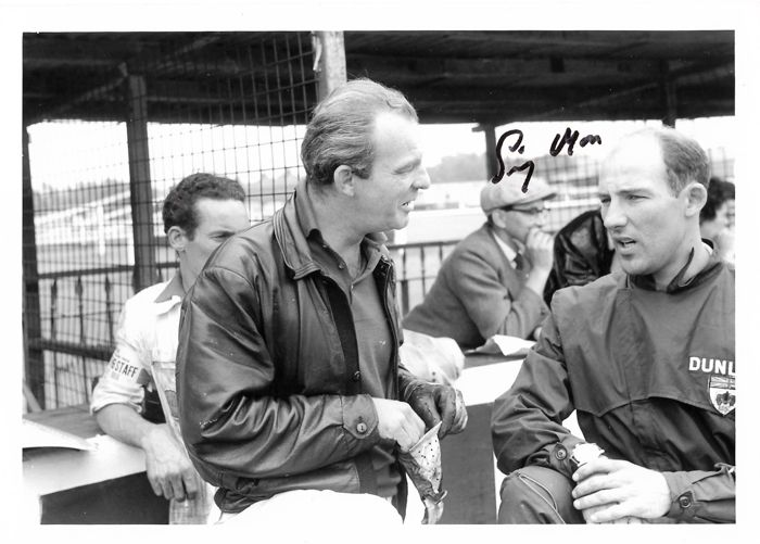 Muy interesante Stirling Moss Lot - a signed photo with Schell in 1959 -- with von Trips in 1961 and more  - 1959-2007 (4 objetos)
