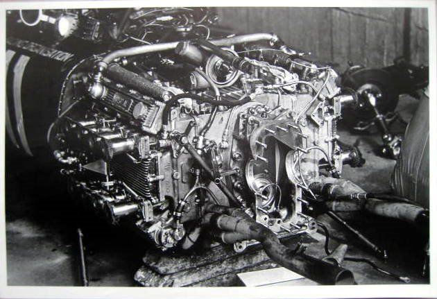 Rare Race Print - BRM Sixteen-Cylinder engine, unique in the Formule 1 - Nürburgring 1967 - 1967