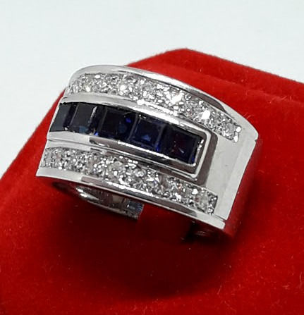 18 kt. White gold - Ring - 1.25 ct Sapphire - Diamonds