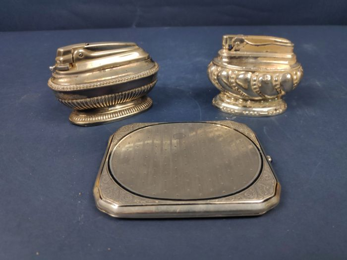 Ronson Crown - Pair of lighters and cigarette case - Silver, Silverplate