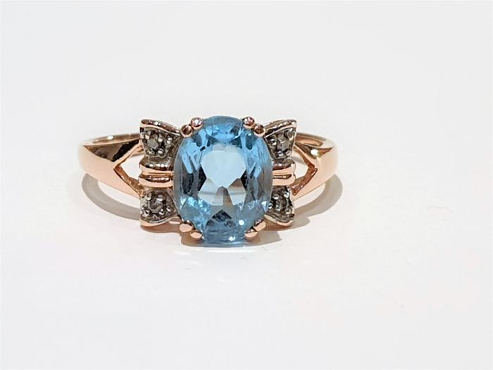 14 kt. Yellow gold - Ring - 2.00 ct Sky Blue Topaz - Diamonds