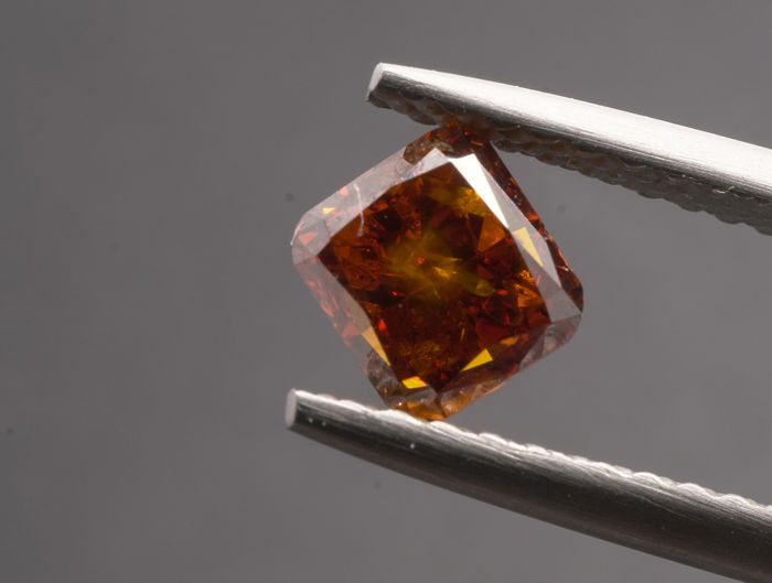 1 pcs Diamanten - 0.76 ct - Vierkant kussen Briljant - fancy deep brown orange - I1  -No reserve