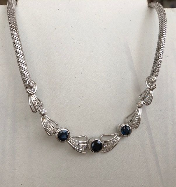 14 kt. White gold - Necklace with pendant - 2.40 ct Sapphire - Diamond