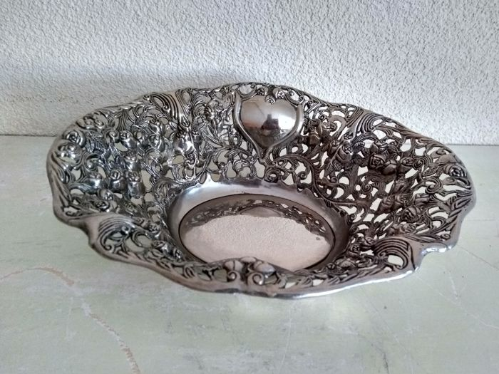 Nice big oval silver-plated fruit bowl - Silver plated - Europe - 1930-1950