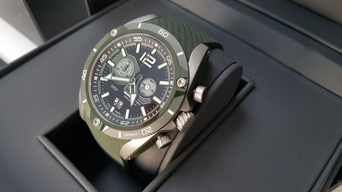 momodesign - sporty hi quality chrono watch unworn with box and papers  - Miehet - 2011-nykypäivä