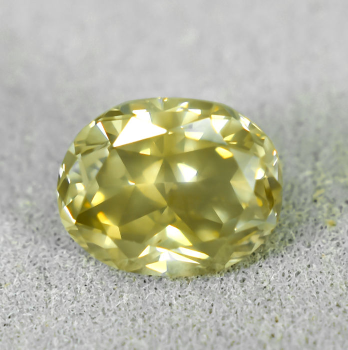鑽石 - 1.36 ct - 橢圓形 - Natural Fancy Bownish Greenish Yellow - I1