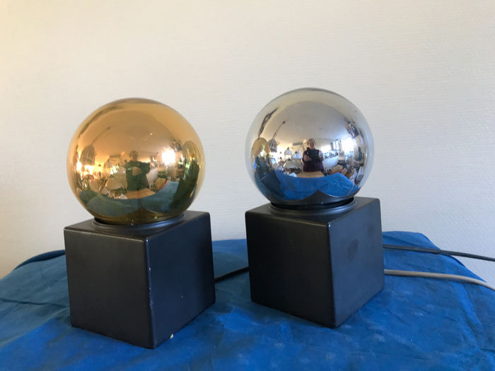 Philips - Cube Table Lamps
