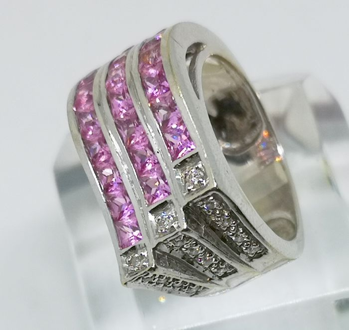 18 kt. White gold - Ring Pink Diamonds and Sapphires