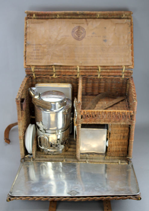 """""""En Route"""" Picnic Set By Drew & Sons of Piccadilly - 1902 - Zilver - Engeland"""