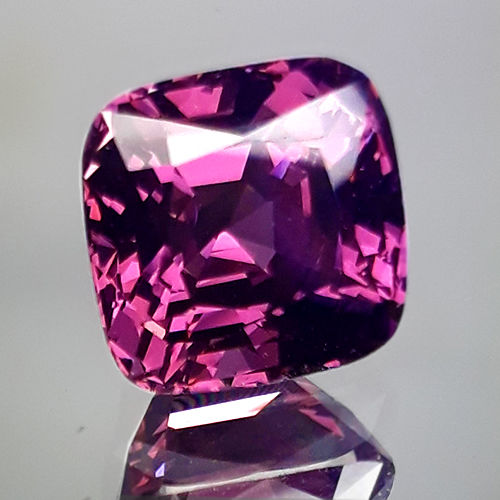 Spinel - 5.46 ct