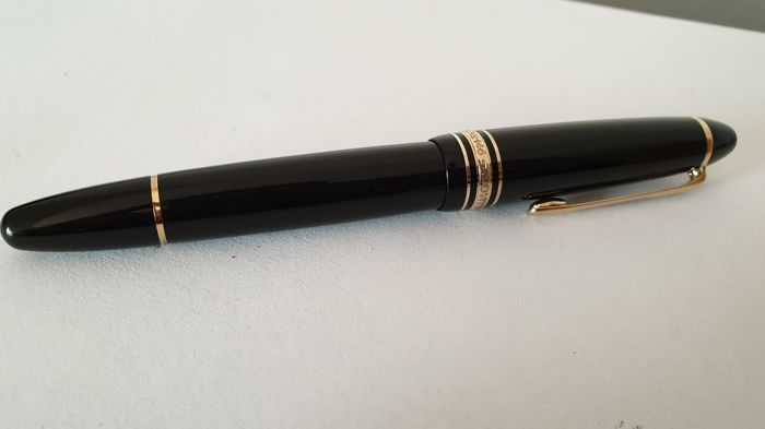 Montblanc 146 - Stylo à plume - Collection