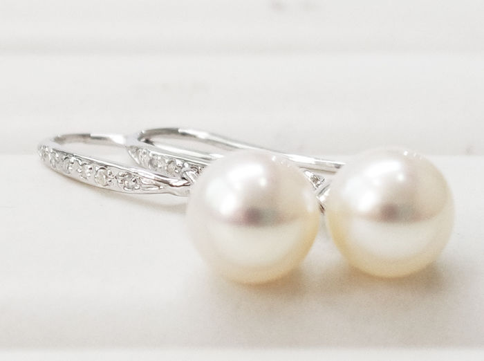 14 kt. Akoya pearl, White gold - Earrings Pearl - Diamond