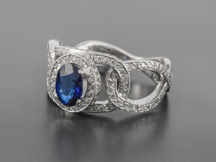 14 kt. White gold - Ring - 1.00 ct Sapphire - Diamonds