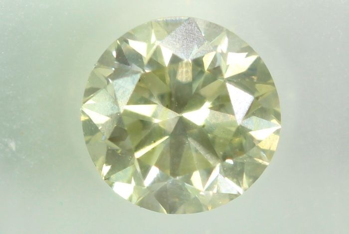 Diamond - 0.71 ct - Brilliant - SI2