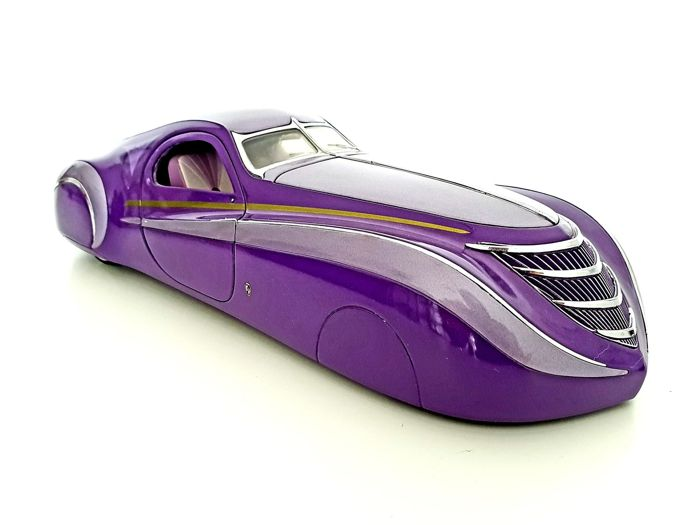 Franklin Mint - Large 1939 Duesenberg Coupe Simone - In Good Condition, Weights over 1.2 KG