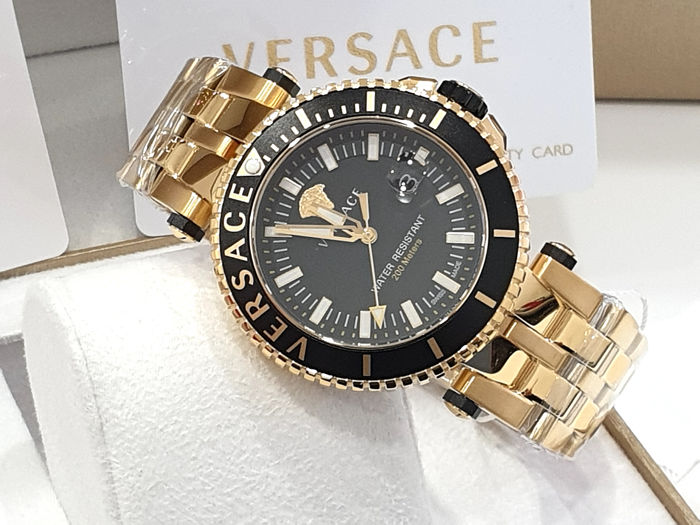 Versace - V-RACE - IP Gold 18K - Swiss Made - VEAK006/18 - Nuovo - Garanzia - Mænd - New