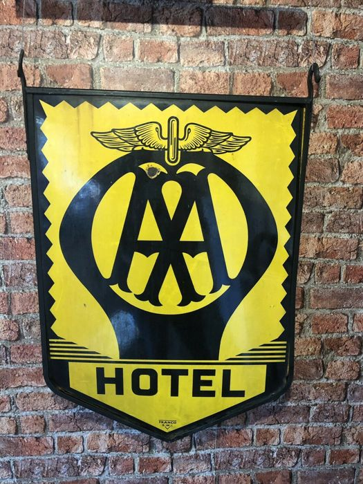 Bewegwijzering - Large Rare Enamel Vintage AA Hotel Wall Sign Franco Classic Car Garage Advertising - 1940-1950 (1 items)