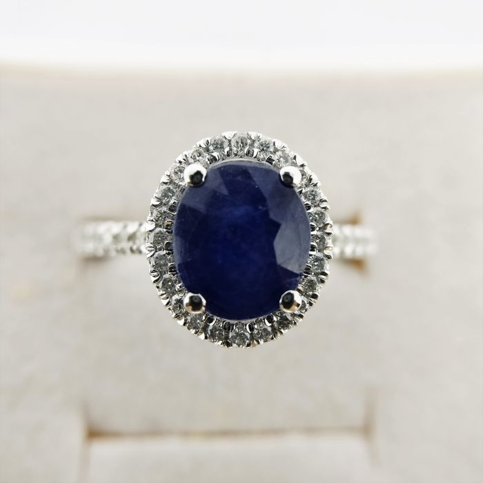 18 kt. White gold - Ring - 2.63 ct Sapphire - Diamonds