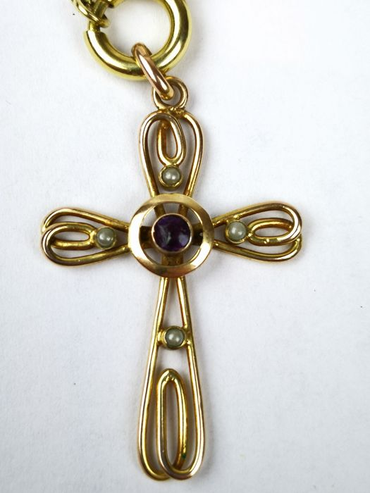 14 kt. Yellow gold - Beautiful cross-shaped Bourbon period - 0.40 ct Amethyst - Pearls