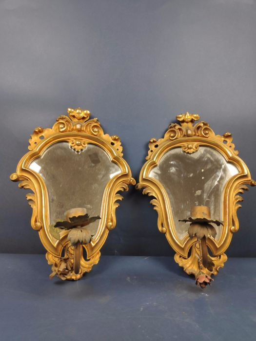 Pair of mirrors in gilded wood with candelabra - Golden wood - First half 20th century