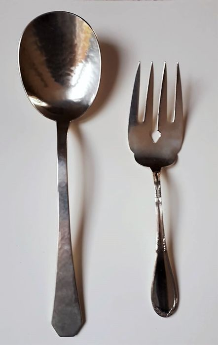 Serving spoon and fork for fish (2) - .800 silver - Italy - 20th century