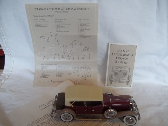 Franklin Mint - RARE - Scale 1/24 - 1930 Duesenberg J. Derham Tourster - Featuring over 100 different components  - Very good condition.