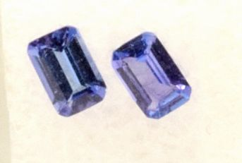 2 pcs Albastru, Purpuriu Tanzanite - 1.05 ct