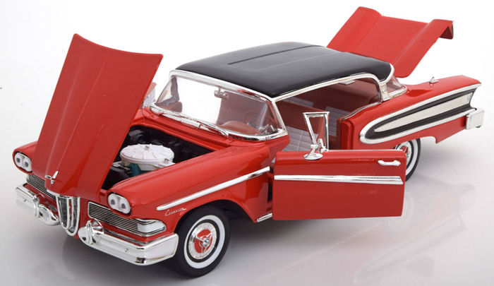 WhiteBox - Scale 1/18 - Ford Edsel Citation 1958 - Red/Black