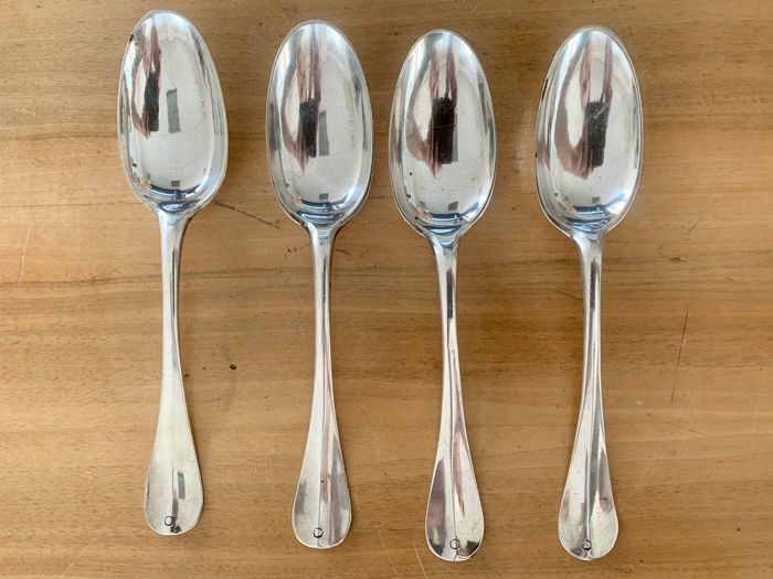 Spoon (4) - Silver - Christiaan Roepel - Netherlands - First half 18th century