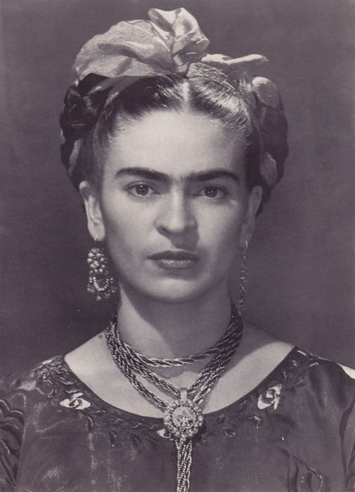Nickolas Muray (1892-1965)/Topix - 'Frida Kahlo in a blue dress', 1936