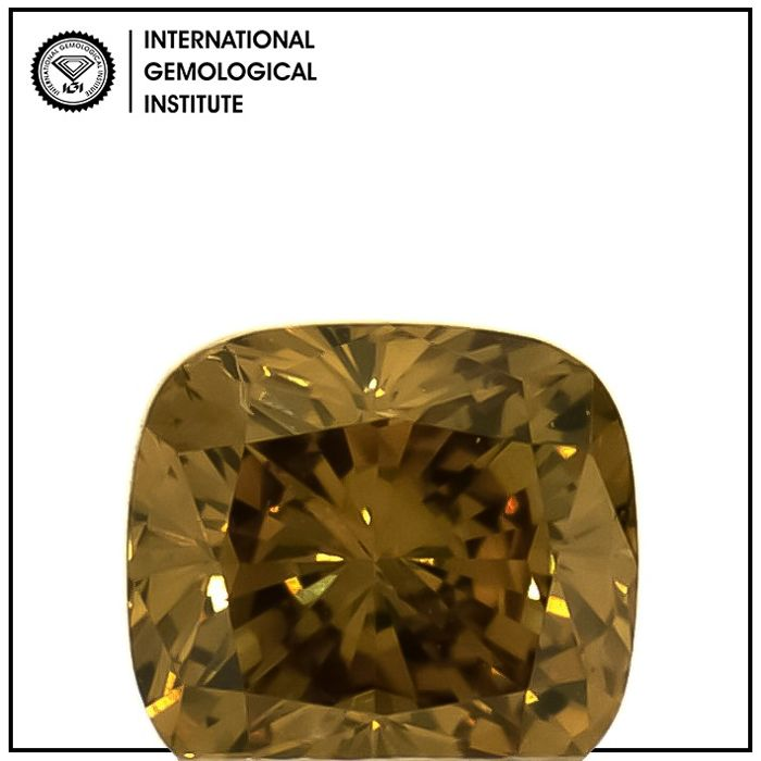 Diamond - 0.46 ct - Cushion - fancy deep yellow brown - SI2