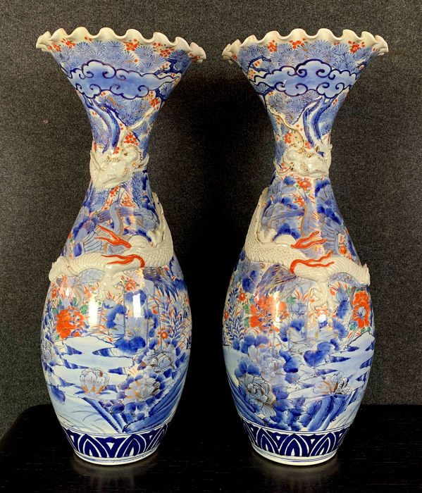 Very important pair of blue porcelain vases - Imari - Porcelain - Arita - Japan - Late Edo period