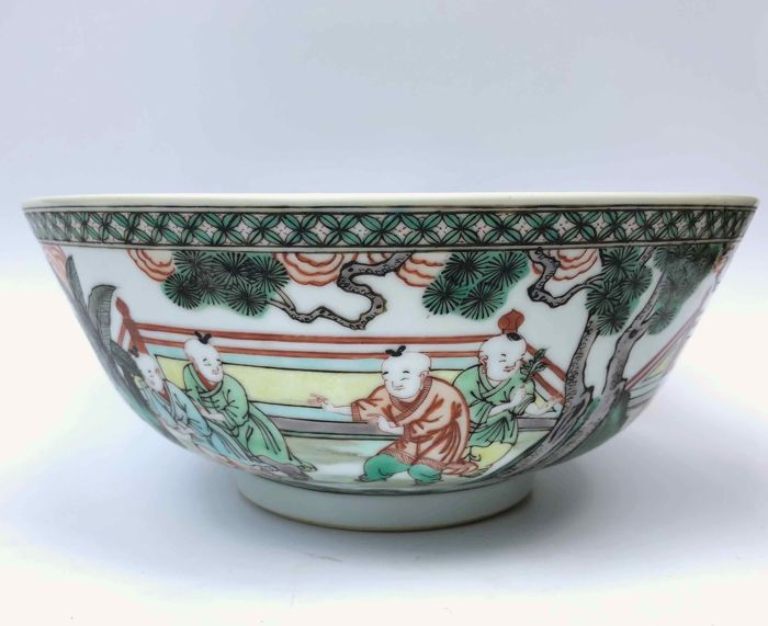 Bowl - Famille verte - Porcelain - Children - China - Second half 20th century