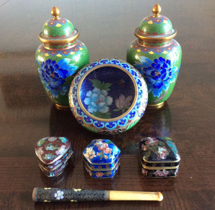 Censer, Jewellery box, Vases (7) - Cloisonne enamel - China - Second half 20th century