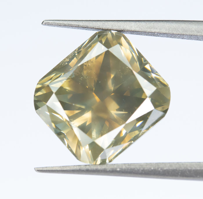 Diamant - 5.28 ct - Natural Fancy Yellowish Brown - I1