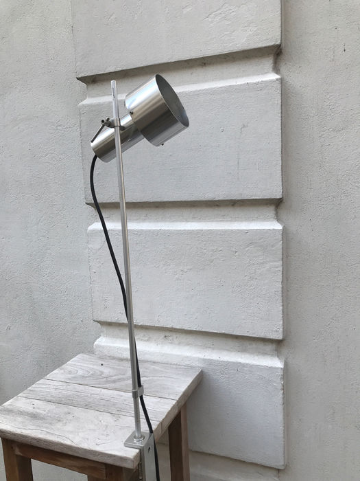 Peter Nelson - Architectural Lighting - Bureaulamp - FA 2 1963